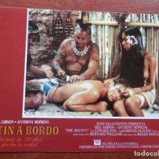 Cine: 2 LOBBY CARD - MOTÍN A BORDO - 34 X 24 CENTÍMETROS. Lote 211753200