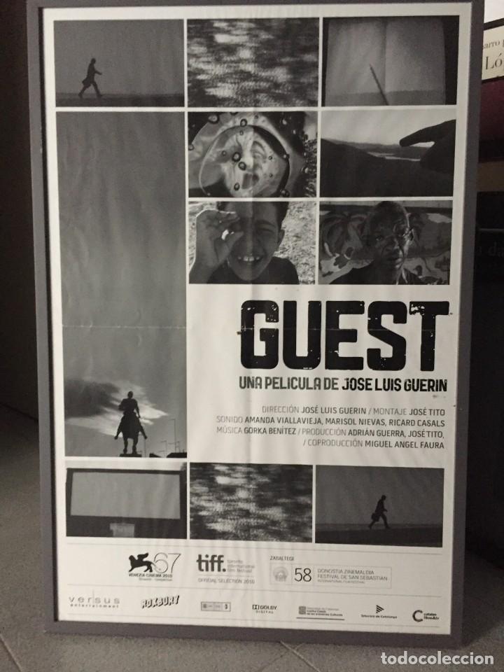 Cine: Guest, póster original de la película de Guerin, 70x50 cms aprox. - Foto 3 - 211796572