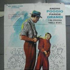 Cine: CDO 4098 TOSCANITO Y LOS DETECTIVES ANTONIO MOMPLET POSTER ORIGINAL 70X100 ESTRENO. Lote 211807187