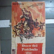 Cine: AAK69 DOCE DEL PATIBULO LEE MARVIN POSTER ORIGINAL 3 HOJAS 100X205 ESTRENO. Lote 212069742