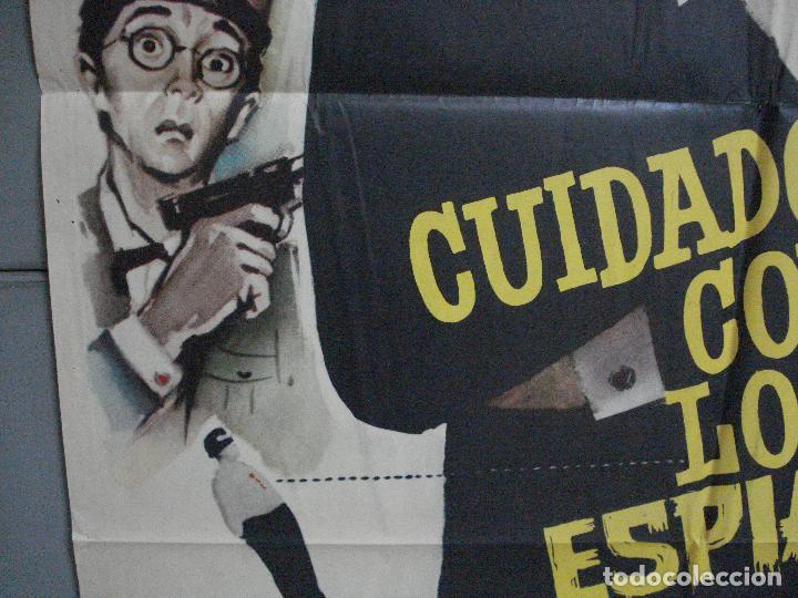 Cine: CDO 4335 CUIDADO CON ESPIAS CARRY ON JAMES BOND 007 IMAGEN PARODIA MAC POSTER ORIG ESTRENO 70X100 - Foto 4 - 212380778