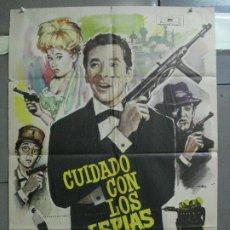 Cine: CDO 4335 CUIDADO CON ESPIAS CARRY ON JAMES BOND 007 IMAGEN PARODIA MAC POSTER ORIG ESTRENO 70X100. Lote 212380778