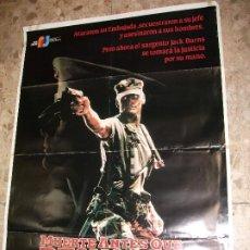 Cine: MUERTE ANTES DE DESHONOR 1987 CARTEL DE CINE 100 X 70 CM. POSTER. Lote 212838431