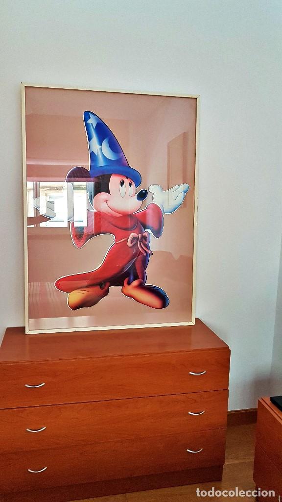 Cine: Cuadro de Mickey Mouse. Medidas Alto 103, Ancho 83 y fondo 3.Cartel de cartón duro poquísimas unidad - Foto 2 - 213199446