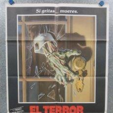Cine: EL TERROR LLAMA A SU PUERTA. JASON LIVELY, STEVE MARSHALL, JILL WHITLOW. POSTER ORIGINAL. Lote 213644138