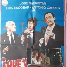 Cine: CARTEL CINE + 12 FOTOCROMOS QUE VIENEN LOS SOCIALISTAS 1982 ANTONO OZORES GRAFICAS HP A116. Lote 213982016