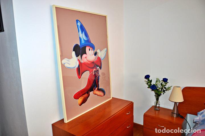 Cine: Cuadro de Mickey Mouse. Medidas Alto 103, Ancho 83 y fondo 3.Cartel de cartón duro poquísimas unidad - Foto 15 - 213199446