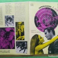 Cine: GUIA CINE - OPERACION LADY CHAPLIN 1966 - KEN KLARK - GUIA Y CARTEL - 8 PAGINAS - EXCELENTE - L6. Lote 215368667