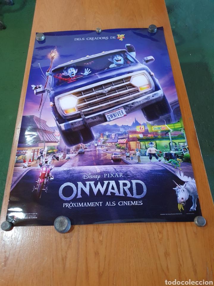 ONWARD, ORIGINAL PROMOCIONAL, PROCEDENTE DE CINE. 98 CM X 68 CM. (Cine - Posters y Carteles - Infantil)