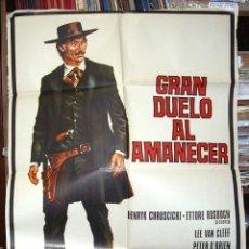 Cine: GRAN DUELO AL AMANECER, CARTEL ORIGINAL DE ESTRENO,1974, LEER Y VER FOTOS. Lote 216532080