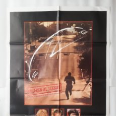 Cinéma: ANTIGUO CARTEL CINE MUERTO AL LLEGAR DENNIS QUAID C694. Lote 216714606