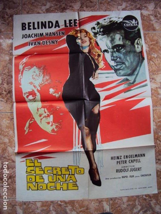 (CINE-431)EL SECRETO DE UNA NOCHE - CARTEL ORIGINAL (Cine - Posters y Carteles - Acción)