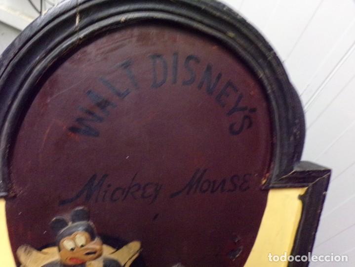 Cine: muy antiguo cartel de cine de madera walt disney mickey mouse gentleman - Foto 2 - 217788171