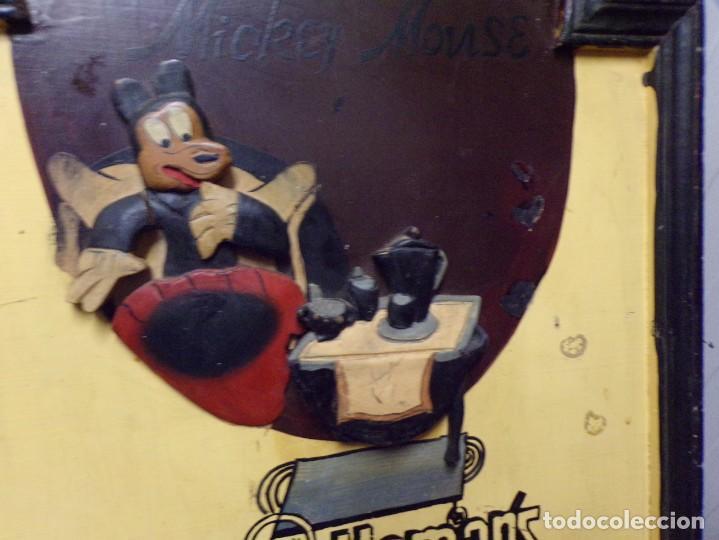 Cine: muy antiguo cartel de cine de madera walt disney mickey mouse gentleman - Foto 4 - 217788171