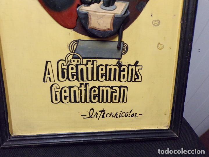 Cine: muy antiguo cartel de cine de madera walt disney mickey mouse gentleman - Foto 5 - 217788171