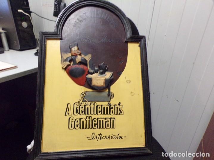 Cine: muy antiguo cartel de cine de madera walt disney mickey mouse gentleman - Foto 6 - 217788171