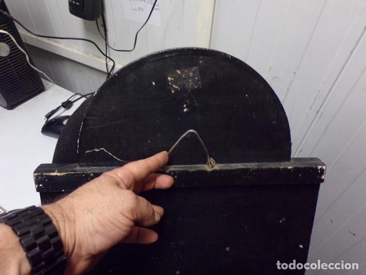 Cine: muy antiguo cartel de cine de madera walt disney mickey mouse gentleman - Foto 9 - 217788171