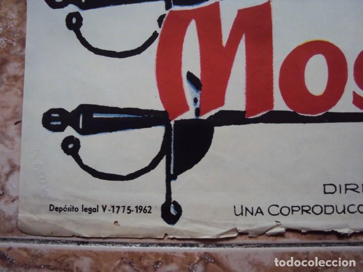 Cine: (CINE-531)CARTEL CINE LOS 3 MOSQUETEROS GERARD BARRAY MYLENE DE MONGEOT 1962 - Foto 2 - 218011821