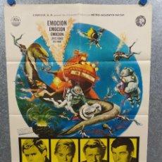Cine: LA VUELTA AL MUNDO BAJO EL MAR. DAVID MCCALLUM, LLOYD BRIDGES, BRIAN KELLY. AÑO 1969 POSTER ORIGINAL. Lote 218016827