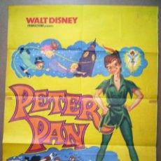 Cine: PETER PAN, DE WALT DISNEY. POSTER. TAMAÑO 68 X 82 CMS..EN PAPEL MORENO, REPOSICIÓN DE 1977 .. Lote 218317928
