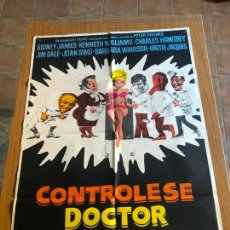 Cine: POSTER - CONTROLESE DOCTOR - SIDNEY JAMES, ORIGINAL 1974. Lote 218512193