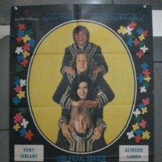 Cinéma: CDO 5454 UNA VEZ AL AÑO SER HIPPY NO HACE DAÑO TONY LEBLANC LANDA POSTER ORIGINAL 70X100 ESTRENO. Lote 219091723