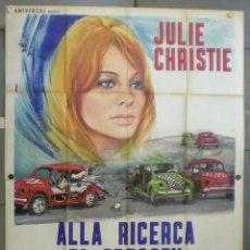 Cine: VB72D BUSCANDO A GREGORY JULIE CHRISTIE AUTOMOVILISMO POSTER ORIGINAL 140X200 ITALIANO. Lote 219119618