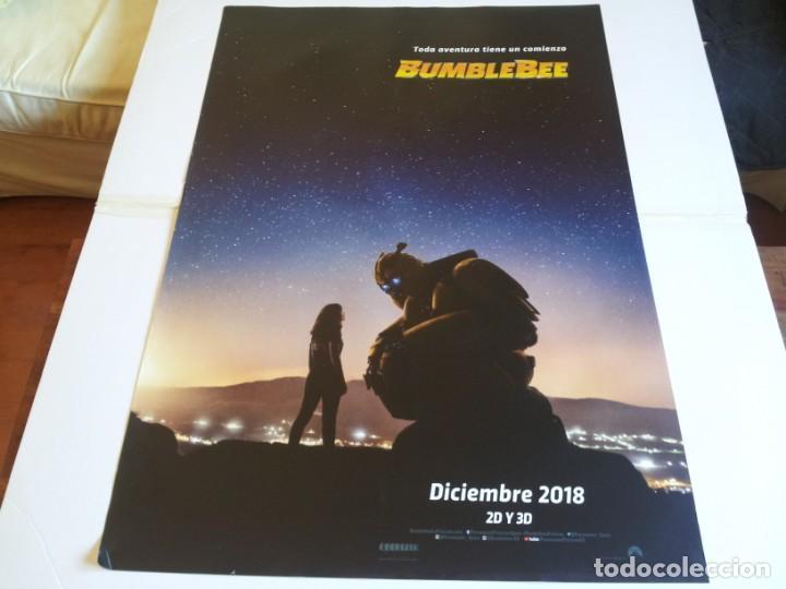 BUMBLEBEE - HAILEE STEINFELD, JOHN CENA, PAMELA ADLON - CARTEL ORIGINAL PARAMOUNT AÑO 2018 PREVIO (Cine - Posters y Carteles - Infantil)