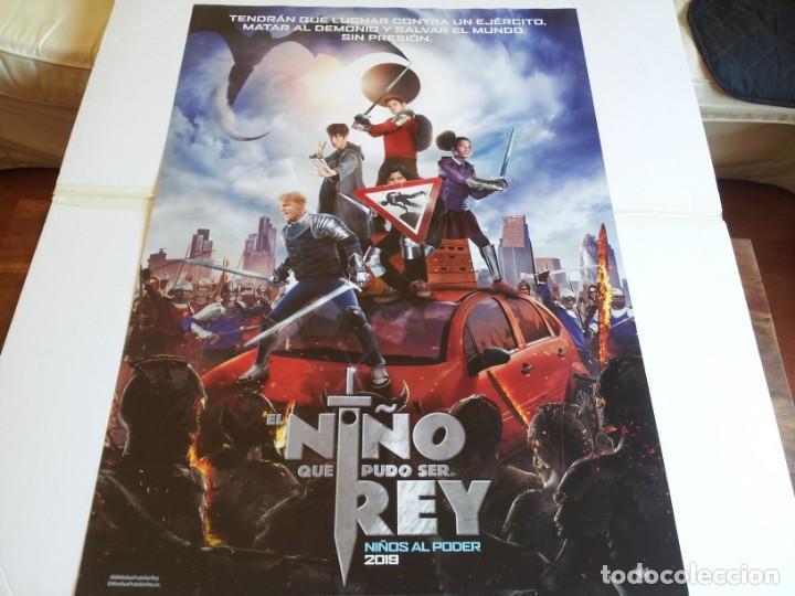 EL NIÑO QUE PUDO SER REY - LOUIS SERKIS, DEAN CHAUMOO, TOM TAYLOR - CARTEL ORIGINAL FOX AÑO 2019 (Cine - Posters y Carteles - Infantil)