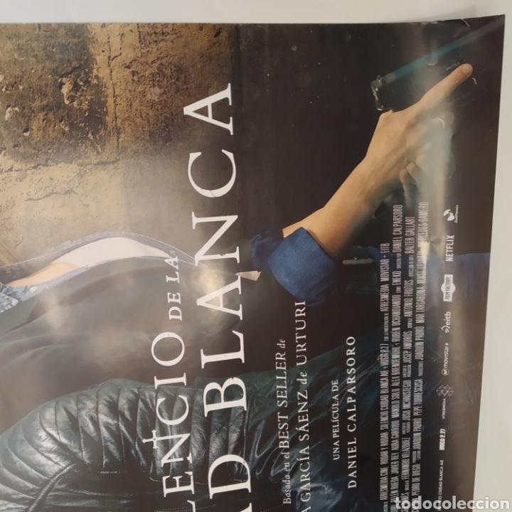 Cine: Póster de la película 98cm x 68cm A EL SILENCIO DE LA CIUDAD BLANCA, Daniel Calparsoro, Belén Rueda - Foto 2 - 219447186