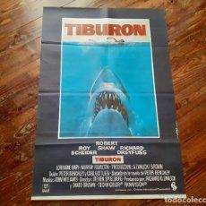 Cine: TIBURÓN (JAWS) CARTEL ORIGINAL ESTRENO 1975 EN PERFECTO ESTADO. NUNCA USADO. Lote 220489132