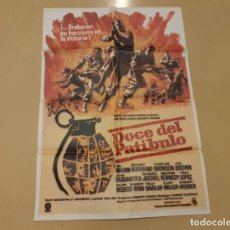 Cinéma: DOCE DEL PATÍBULO CARTEL ORIGINAL REPOSICIÓN DE 1981 LEE MARVIN, ERNEST BORGNINE. Lote 220848933