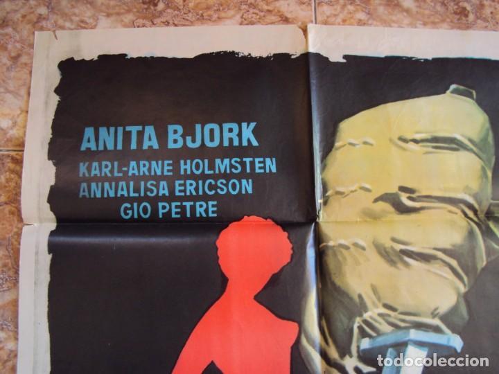 Cine: (CINE-629)LA MANIQUÍ ROJA ANITA BJORK POSTER ORIGINAL - Foto 3 - 220852770