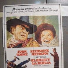 Cine: CDO 6060 EL RIFLE Y LA BIBLIA JOHN WAYNE KATHARINE HEPBURN POSTER ORIGINAL 70X100 ESTRENO. Lote 221128457