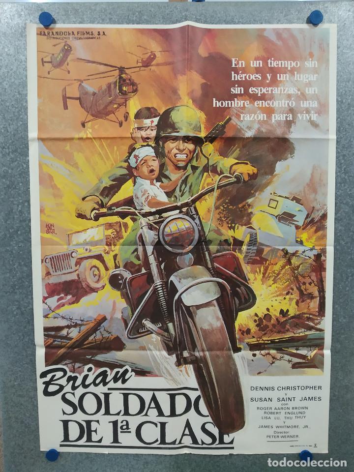 BRIAN, SOLDADO DE PRIMERA CLASE. DENNIS CHRISTOPHER, SUSAN SAINT JAMES AÑO 1982. POSTER ORIGINAL (Cine - Posters y Carteles - Bélicas)