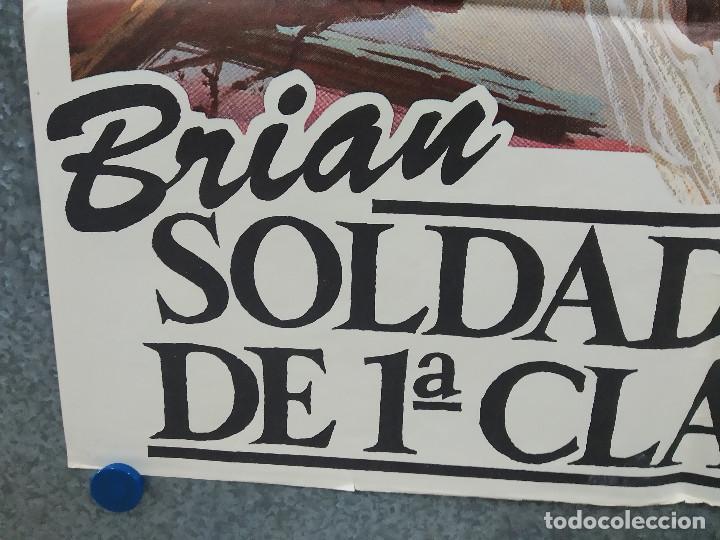 Cine: Brian, soldado de primera clase. Dennis Christopher, Susan Saint James AÑO 1982. POSTER ORIGINAL - Foto 5 - 221259133