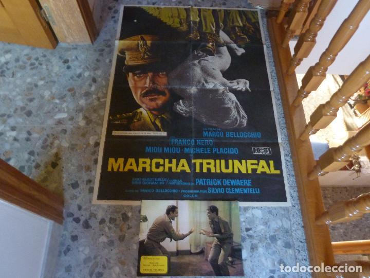 POSTER DIBUJADO POR MAC + COLECCION COMPLETA DE POSTALES (Cine - Posters y Carteles - Bélicas)