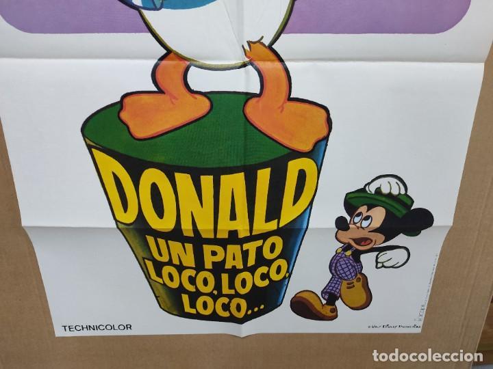 Cine: CARTEL CINE DONALD, UN PATO LOCO, LOCO DE WALT DISNEY 1975 100 X 70 CM - Foto 2 - 222049216