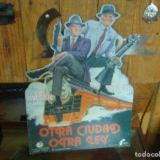 Cine: DISPLEY PUBLICIDAD PELICULA OTRA CIUDAD OTRA LEY KIRK DUGLAS BURT LANCASTER. Lote 223918945