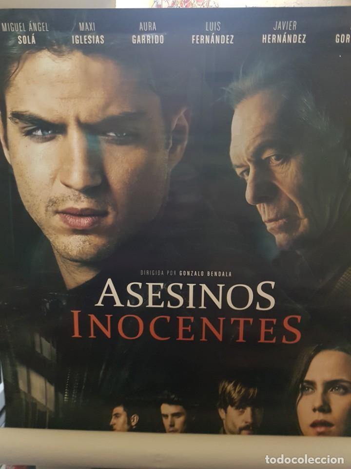 CARTEL ORIGINAL VIDEOCLUB. ASESINOS INOCENTES CON AURA GARRIDO Y MAXI IGLESIAS. MIDE 98,5 X 68,5 (Cine - Posters y Carteles - Suspense)