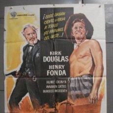 Cine: CDO 7106 EL DIA DE LOS TRAMPOSOS KIRK DOUGLAS HENRY FONDA MANKIEWICZ POSTER ORIGINAL 70X100 ESTRENO. Lote 225549867