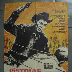 Cine: CDO 7140 PISTOLAS EN LA FRONTERA ROBERT TAYLOR POSTER ORIGINAL 70X100 ESTRENO. Lote 226506795
