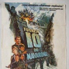 Cinema: FUERZA 10 DE NAVARONE, CON HARRISON FORD. PÓSTER 70 X 100 CMS. 1978.. Lote 230752990