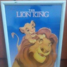 Cine: POSTER LION KING REY LEON DISNEY CON MARCO BLANCO PARA COLGAR. Lote 230890890