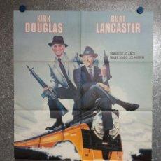 Cinema: OTRA CIUDAD, OTRA LEY. BURT LANCASTER, KIRK DOUGLAS POSTER ORIGINAL. Lote 231190005