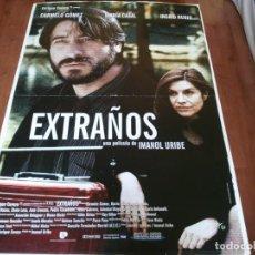 Cine: EXTRAÑOS - CARMELO GÓMEZ, MARÍA CASAL, INGRID RUBIO, IMANOL URIBE - POSTER ORIGINAL U.I.P 1999. Lote 235102890