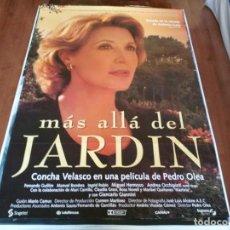 Cine: MÁS ALLÁ DEL JARDÍN - CONCHA VELASCO, FERNANDO GUILLÉN,MANUEL BANDERA - POSTER ORIGINAL SOGEPAQ 1996. Lote 235108500