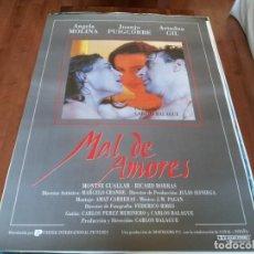 Cine: MAL DE AMORES - ÁNGELA MOLINA, JUANJO PUIGCORBÉ, ARIADNA GIL - POSTER ORIGINAL U.I.P AÑO 1993. Lote 235108945
