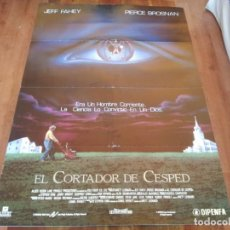 Cine: EL CORTADOR DE CÉSPED - PIERCE BROSNAN, JEFF FAHEY, JENNY WRIGHT - POSTER ORIGINAL DIPENFA 1992. Lote 235301355