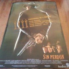 Cine: SIN PERDÓN - CLINT EASTWOOD, GENE HACKMAN, MORGAN FREEMAN - POSTER ORIGINAL WARNER 1992 MOD 2. Lote 235328430